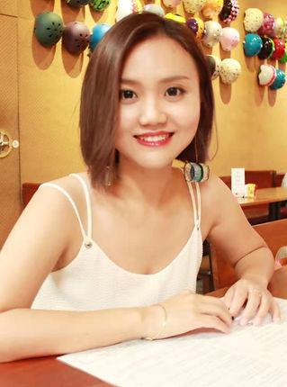 He Yingshu.jpg