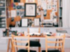 photos-on-wall-3277926.jpg