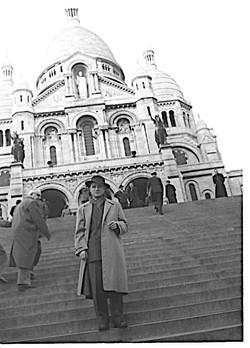 RomanGreco devant le Sacré-coeur