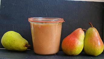 Compote de poires dans un bocal consigné