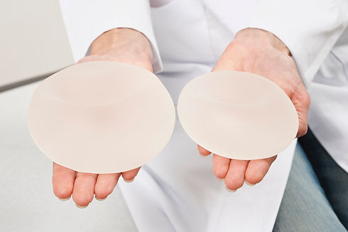 mold-found-in-womans-breast-implants.jpeg