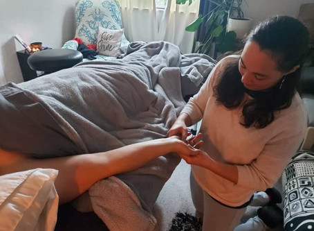 Pins and Needles in arms and hands – Raynor Massage can help