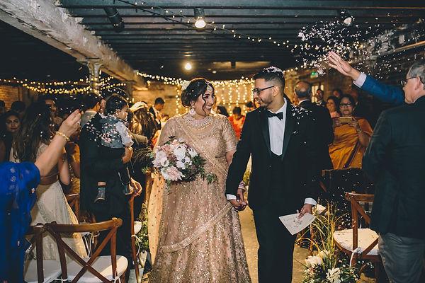 romantic-wedding-flowers-trinity-buoy-wh