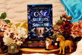 Cast in Secrets and Shadows (Loresmith #2)