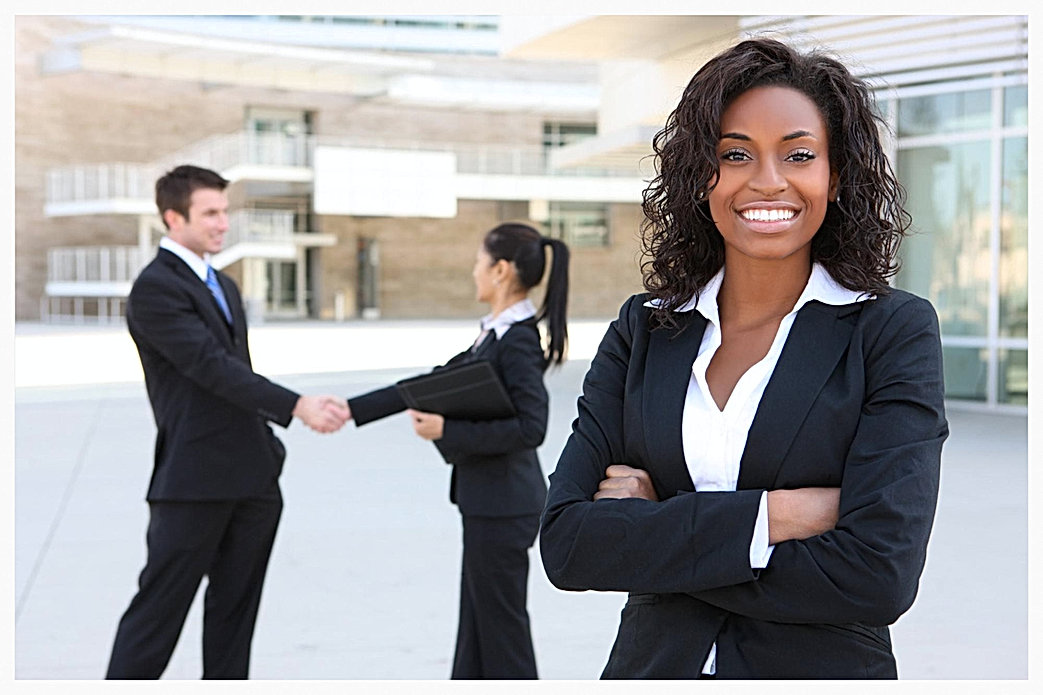 Business Woman Smiling 2015-5-15-21:41:56