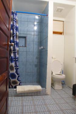 #4bathroom