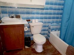 #6 bathroom toilet_sink