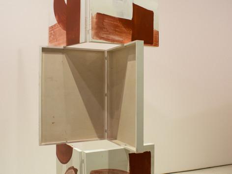 9ª Bienal do Mercosul - Obra Arco dobradiça, de Jessica Warboys, no Santander Cultural.