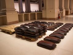 9ª Bienal do Mercosul - Obra Tradução da Resina, da artista Lucy Skaer, no Santander Cultural