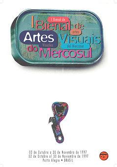 A programação visual foi idealizada pelo design argentino Rubén Fontana da Fontana Diseño. A logomarca é um detalhe do trabalho do artista homenageado da 1ª Bienal, Xul Solar, Drago de 1927. Xul Solar era Argentino nascido em San Fernando, província de Buenos Aires.