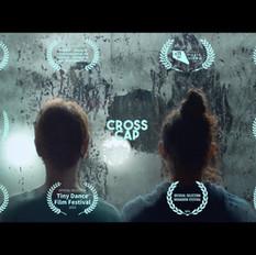 CROSS CAP cover-com-selos2.jpg