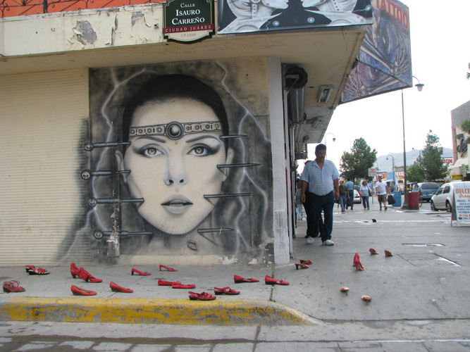 ELINA_CHAUVET_-_Zapatos_Rojos__Cd._Juare