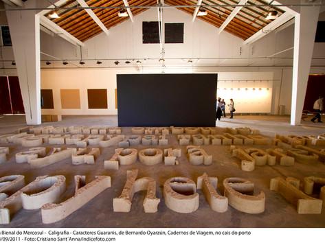 8ª Bienal do Mercosul - Obra Caligrafia - Carácteres Guaranis, de Bernardo Oyarzún, Cadernos de Viagem, no Cais do Porto