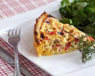 i15591-tarte-salee-oignon-poivron-lardon