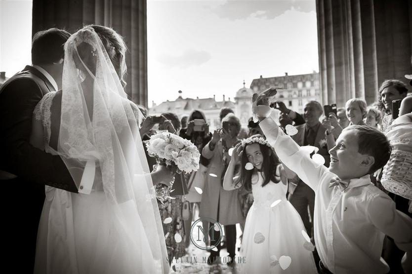 Mariage aux salons France Amériques sur les Champs Elysées à Paris .