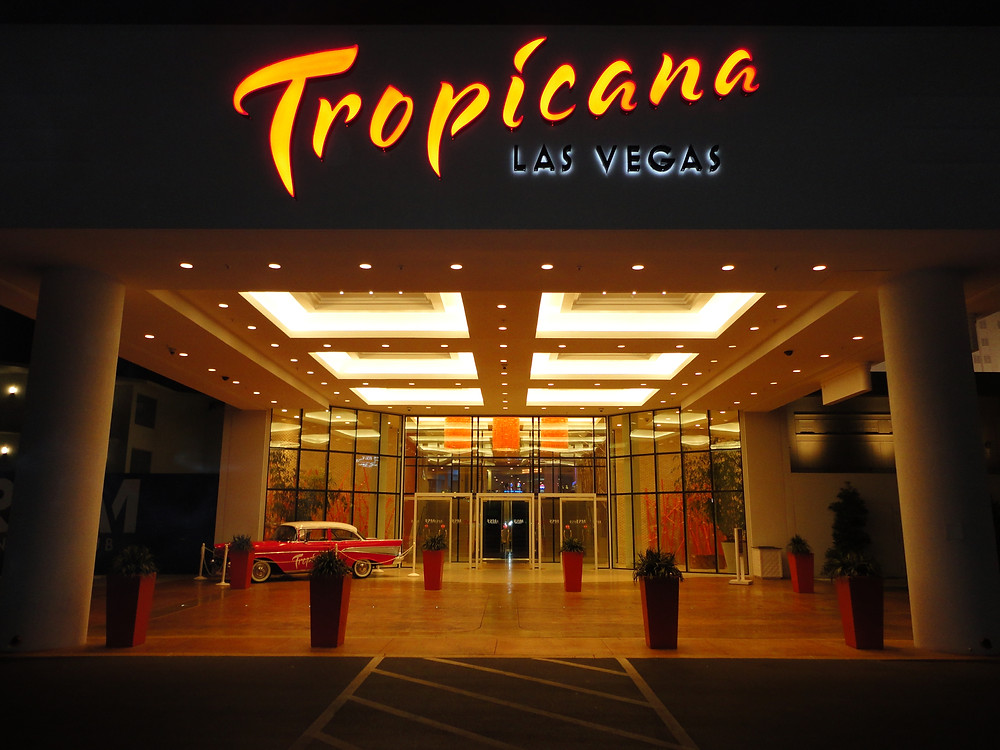 Tropicana_Las_Vegas,_entrance.jpg