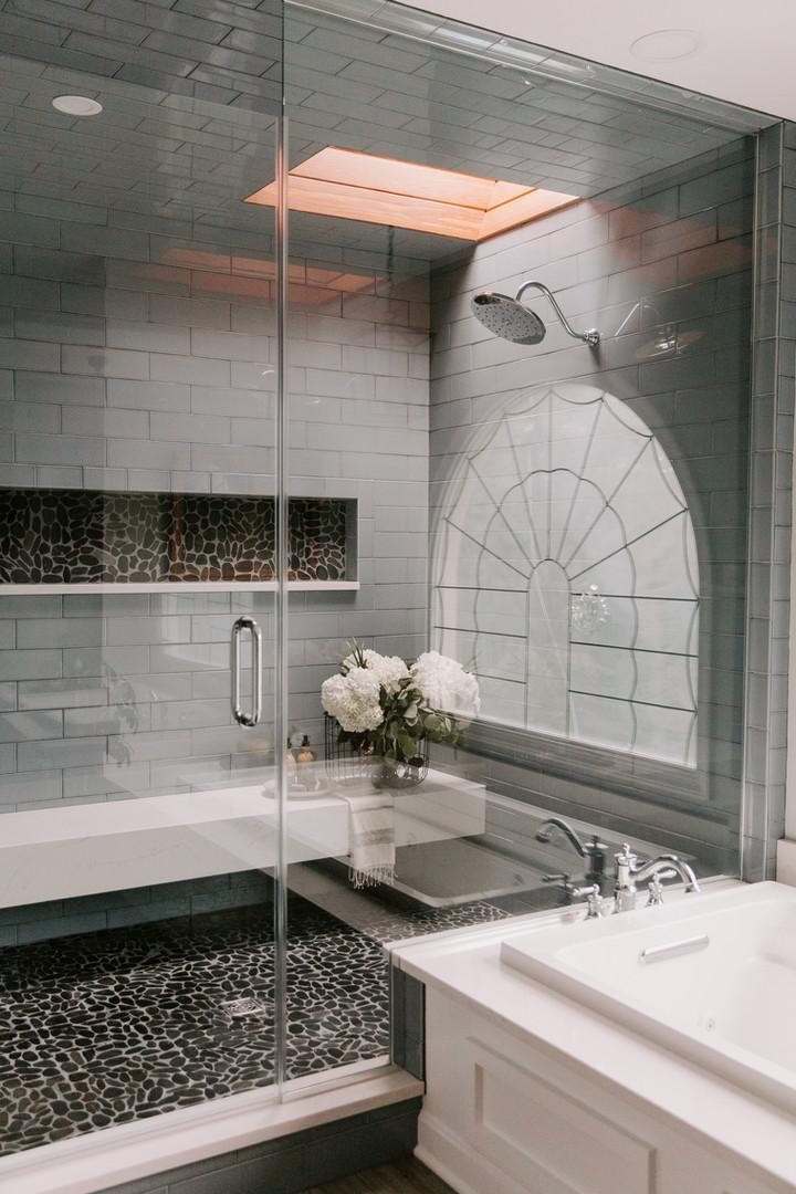 Rain Shower Head in Walk-in Shower