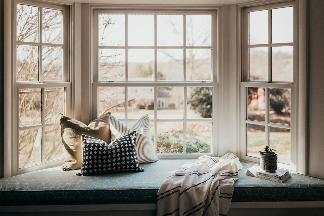 Upholstered Window Seat Bench