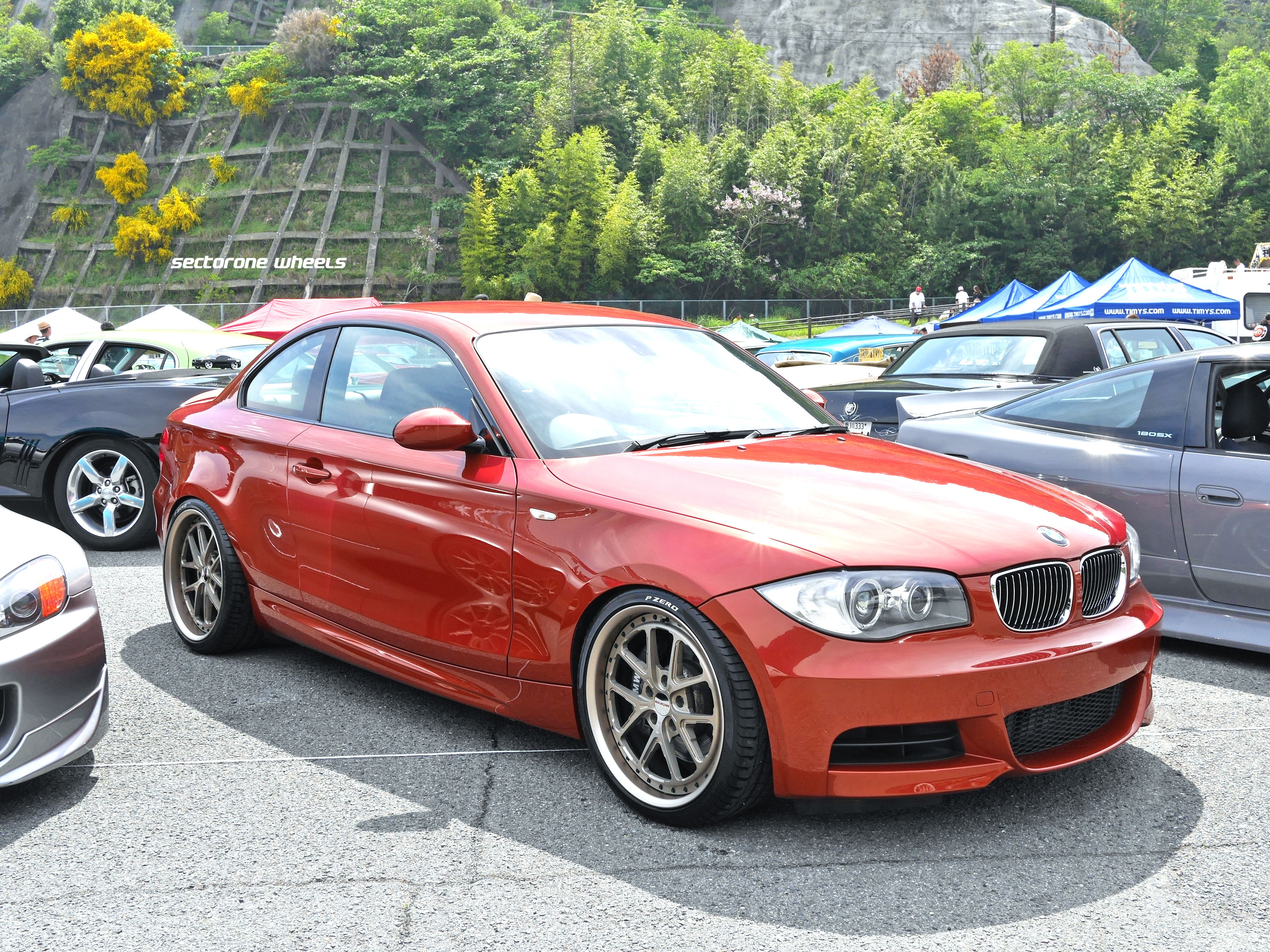 BMW E82 135i on MC5 19""