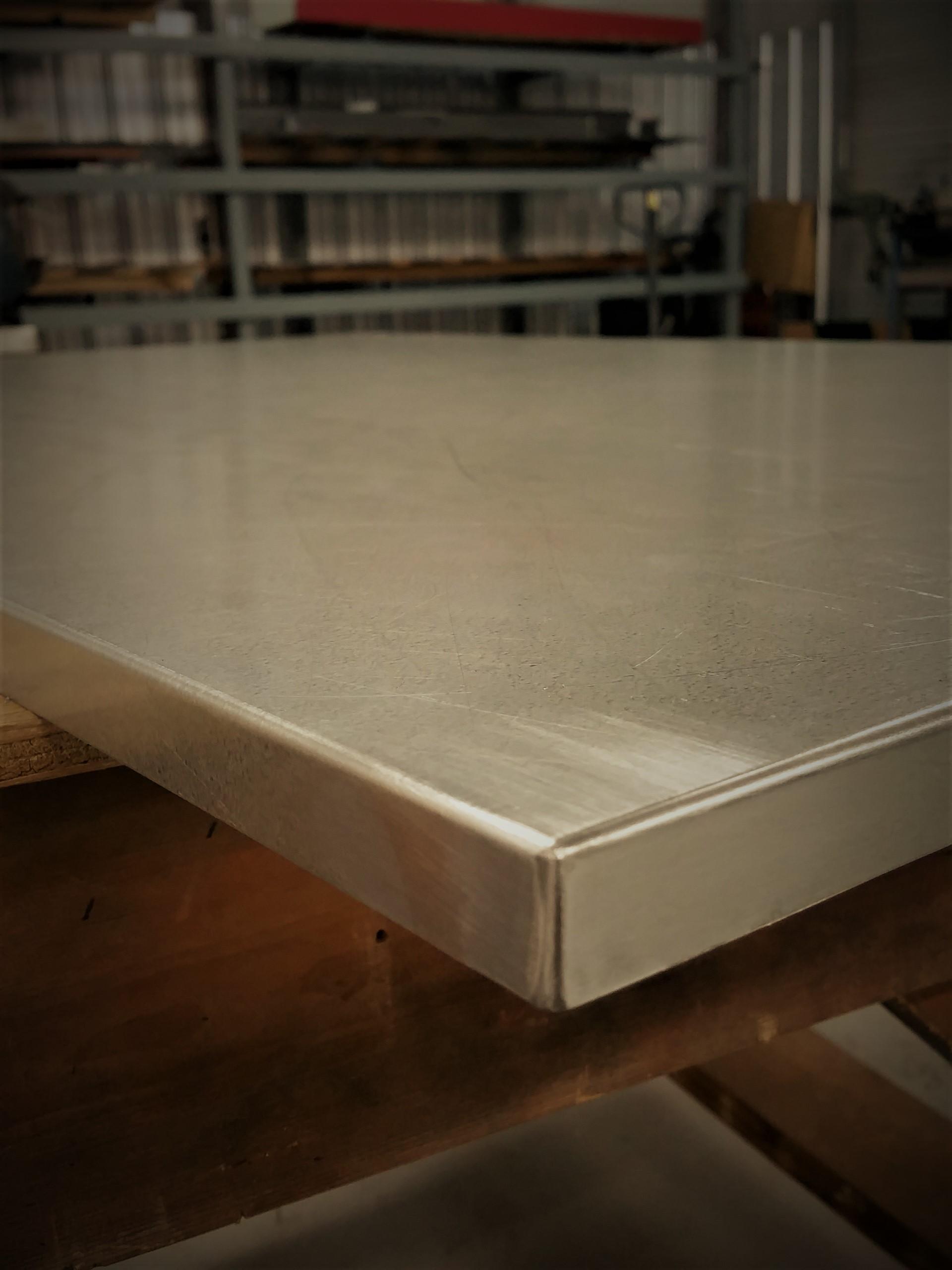 Soldered table top corner