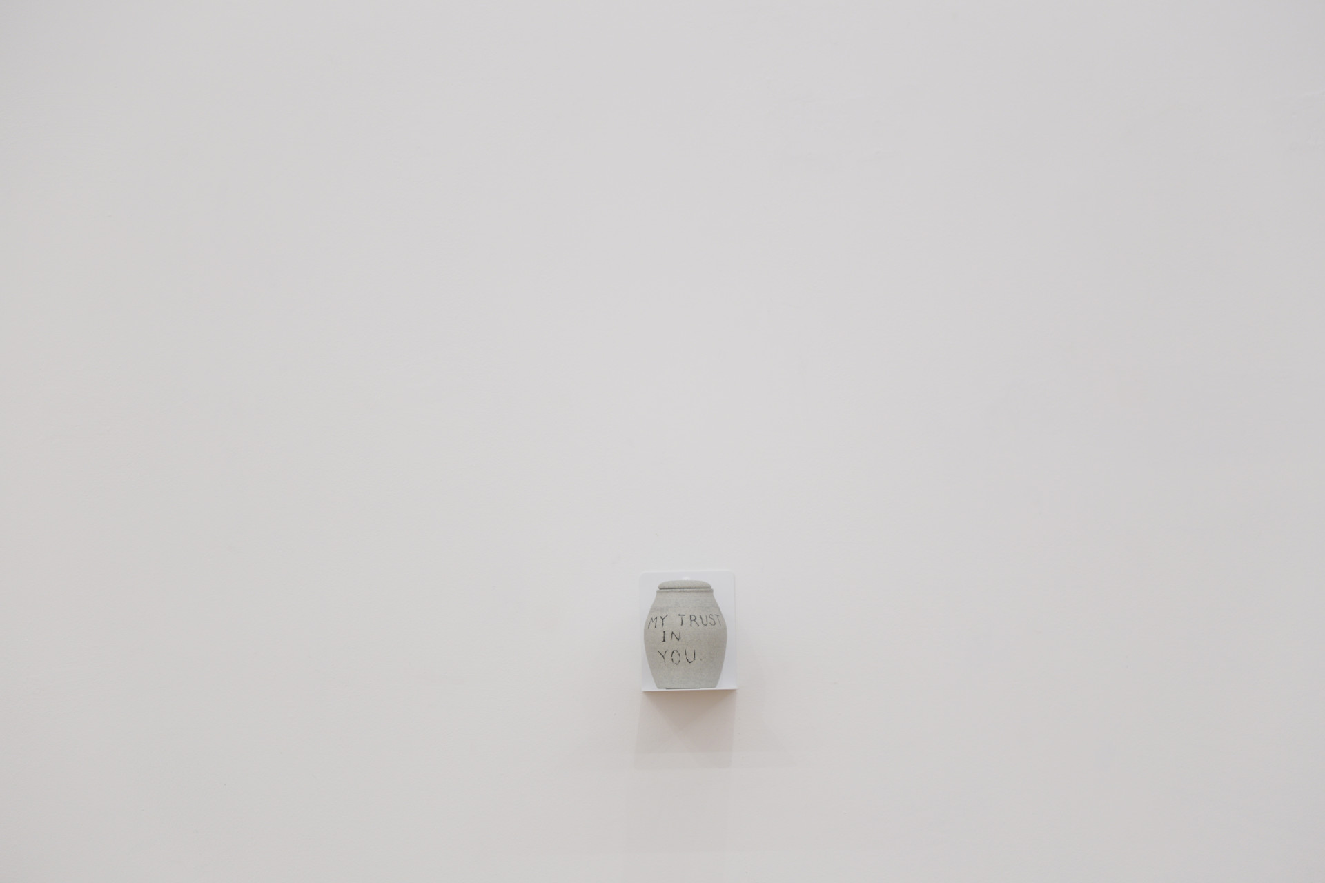 inst angee urn2.JPG
