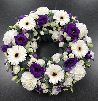 Purple and White Wreath Ring
