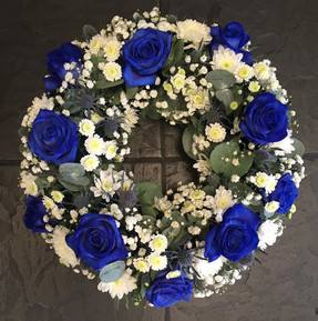 Classic funeral wreath - Blue and White