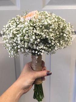 wedding bouquet white babys breath