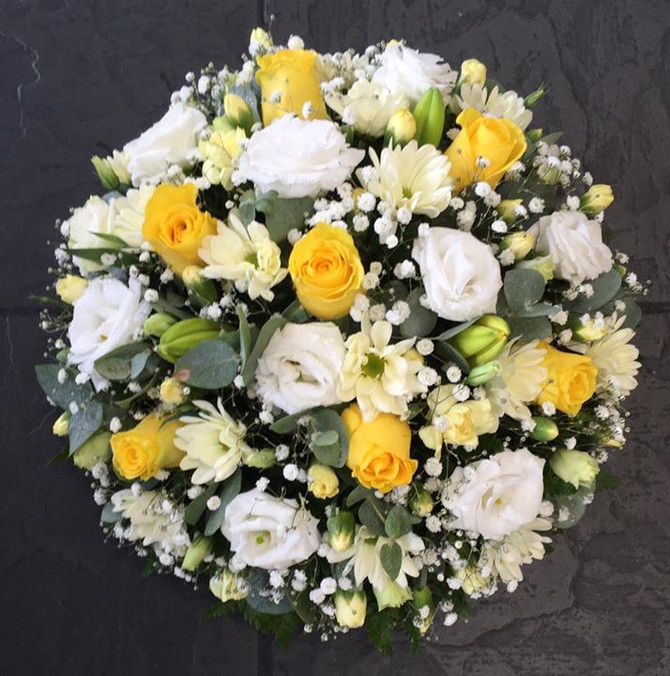 What type of Funeral Tribute should I send?