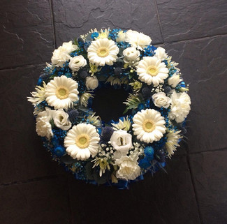 Navy and White Wreath Ring