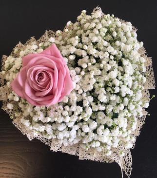 funeral flowers heart shaped