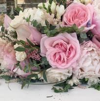 wedding flowers.png