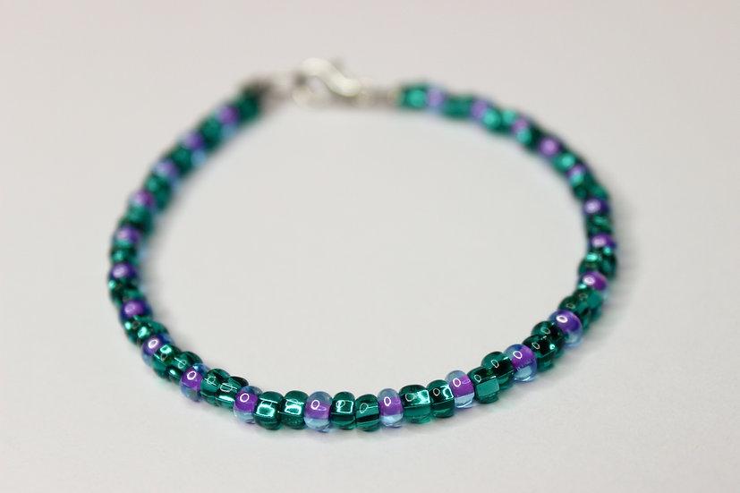 2-1 Pattern Aqua and Tranclucent Purple-Lined Seed Bead Bracelet