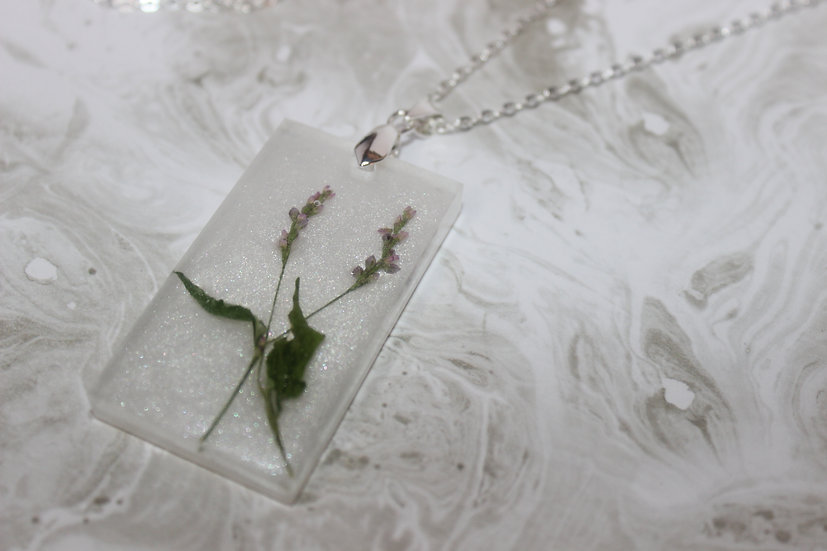 Snowfall and Wildflowers Necklace
