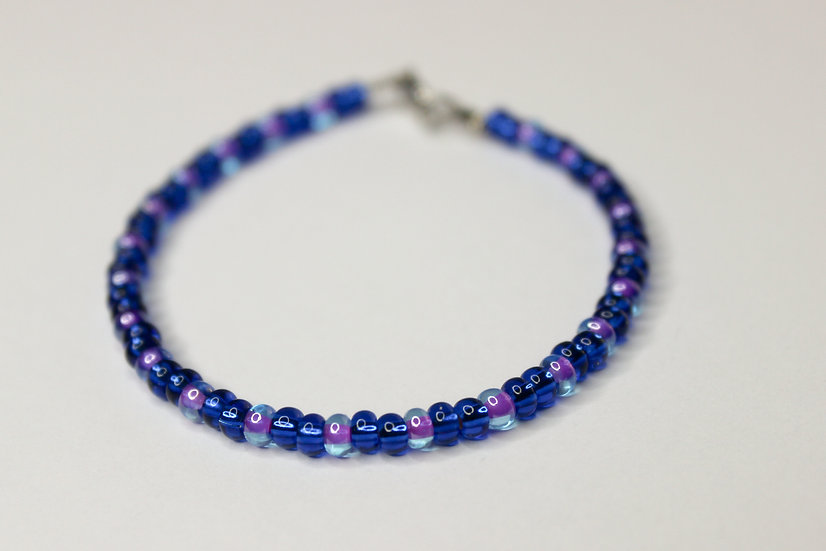 2-1 Pattern Blue and Tranclucent Purple-Lined Seed Bead Bracelet