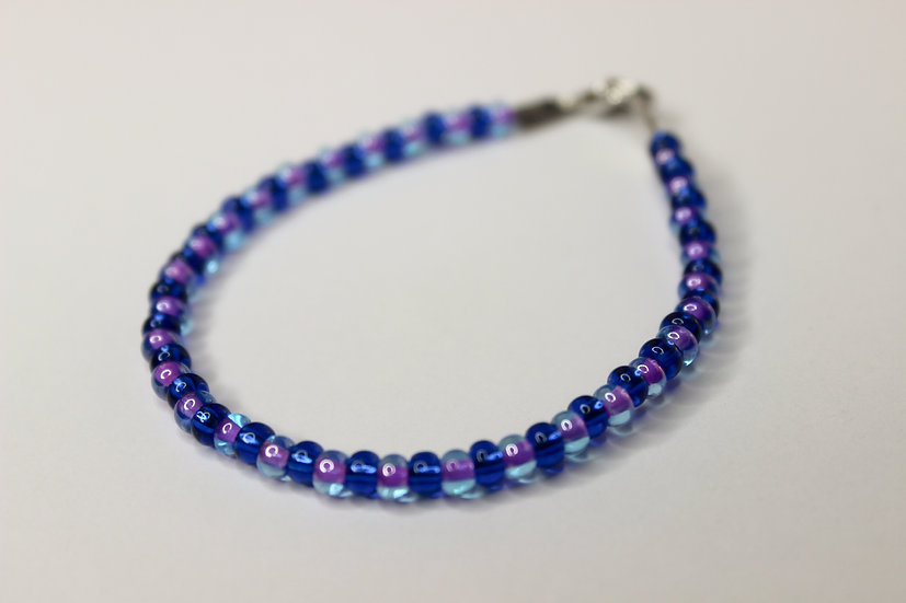 1-1 Pattern Blue and Tranclucent Purple-Lined Seed Bead Bracelet