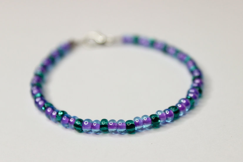 2-1 Pattern Tranclucent Purple-Lined and Aqua Seed Bead Bracelet