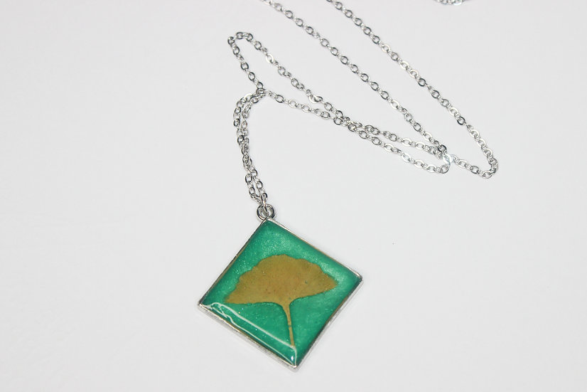Ginko & Green Necklace