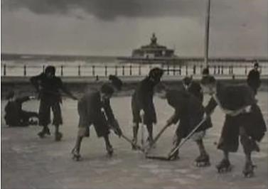 Rolschaatsen Scheveningen 1.png