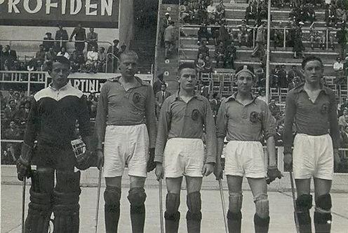 1954 de internationals.jpg