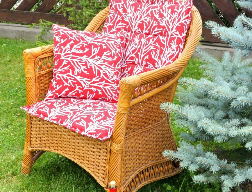 """Подушка на стул со спинкой, """"Red Corals"""",  50x100см."""