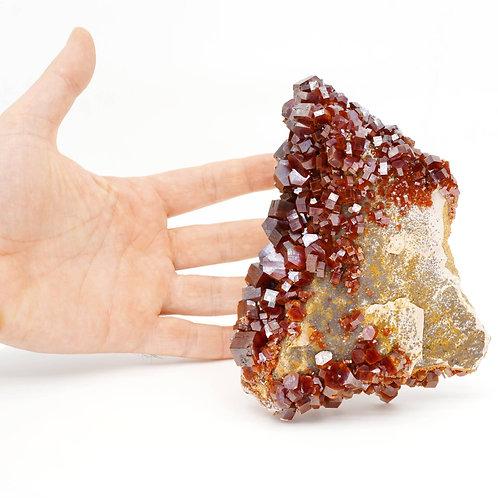 VANADINITE - 14,5 x 11 x 5 cm