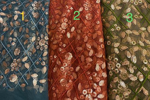Brodert Organza med Sequence tre farger