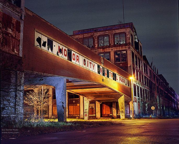 "detroit michigan ""packard plant"" ""motor city"" abandoned urban ruins ""light painting"" ""night photography"" ""art photography"""