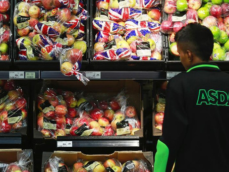 Tottenham-Youth Fund, led by MP David Lammy, Selects Positive Role Models To Deliver Food Vouchers.