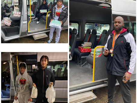 Team Positive Role Models, Spread Christmas Cheer, Delivering Food & Gifts to Haringey Residents.