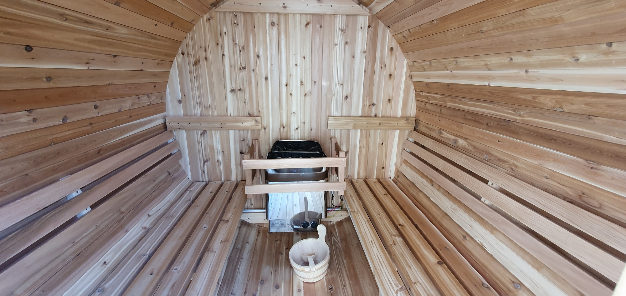 Sauna Finlandais à la VILLA RHONA sur la VIA RHONA par EauFeeling