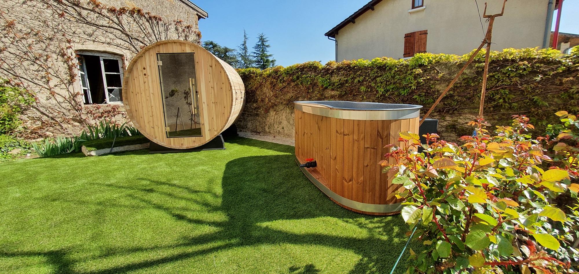 Sauna tonneau et Bain suédois à la VILLA RHONA sur la VIA RHONA par EauFeeling