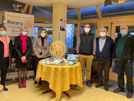 Distribution de masques : Le ROTARY continue sa distribution dans les écoles de Bourgoin Jallieu