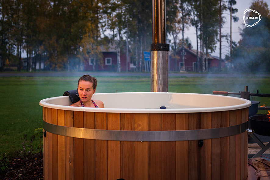 Un moment de détente dans un Spa Nordique de Kirami. EauFeeling commercialise les produits du Leader Finlandais.